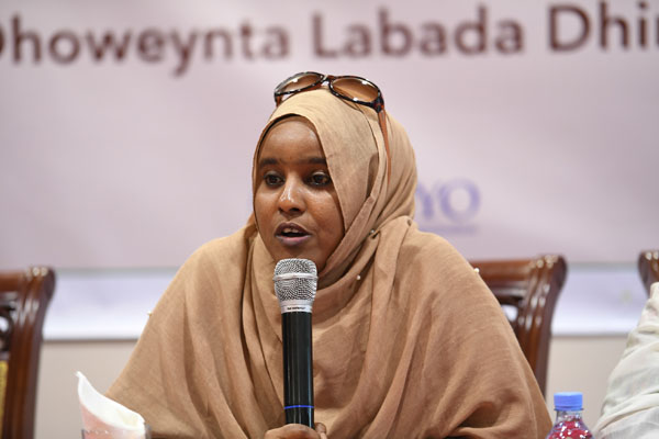 Muna Hassan Mohamed is an award winning and outspoken youth activist and chairperson of Somali Youth Cluster, a national network of youth organizations that encompasses 43 clusters throughout Somalia.