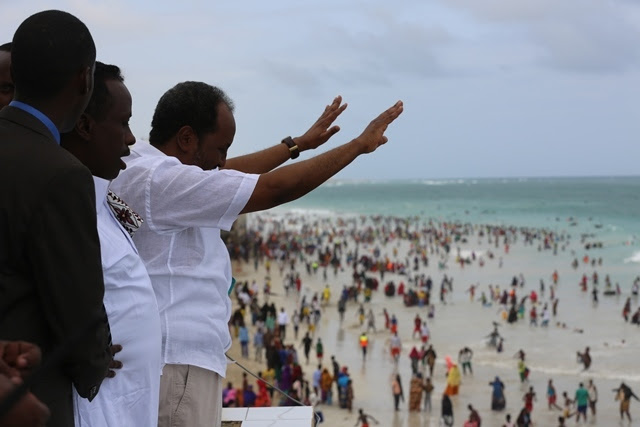 Photo of President Hassan Sheikh at Liido beach which was place where everyone would like to go on weekends